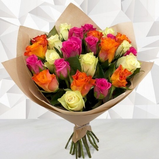 White, orange and pink roses 40 cm. Changeable amount of rose in bouquet.