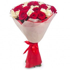 Flower bouquet Red and white roses 50 cm (variable quantity of flowers)