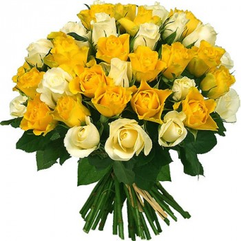 Yellow and white roses 40 cm. Changeable amount of rose in bouquet