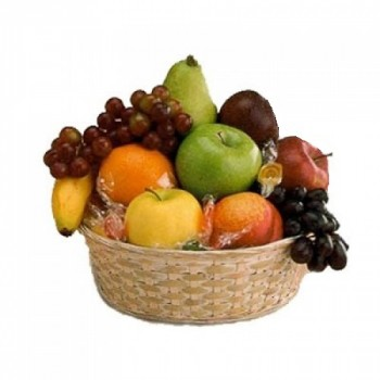 Fruit basket 4 kg with lollipops