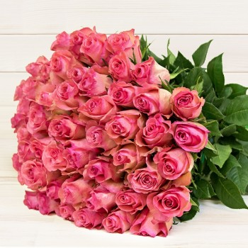 Pink roses 50 cm (select number of roses in bouquet)