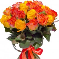 Yellow and orange roses 40 cm. Changeable amount of rose in bouquet